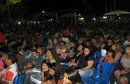 Brumado: Praça lotada na abertura do FEMP-B Ano 3