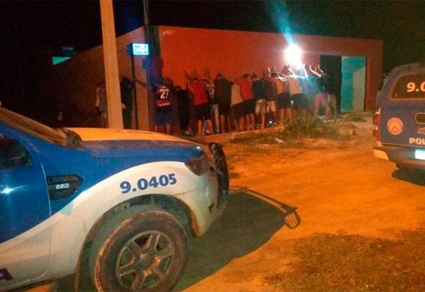 Oliveira dos Brejinhos: 4ª CIPM encerra aglomeração com 55 pessoas no fim de semana