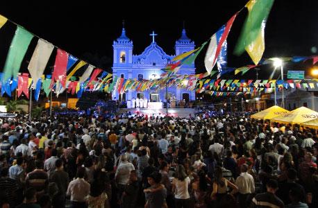 BOM JESUS: FESTA AO PADROEIRO ENCERROU COM MISSA