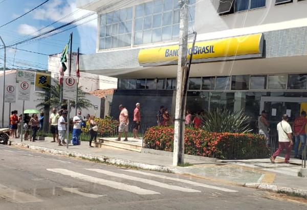 Brumado: Sindicato dos Bancários cobra medidas contra contaminação nas filas das agências