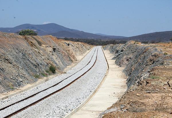 Prefeitos decidem criar consórcio para acompanhar e fiscalizar o andamento das obras da Fiol e BR-030