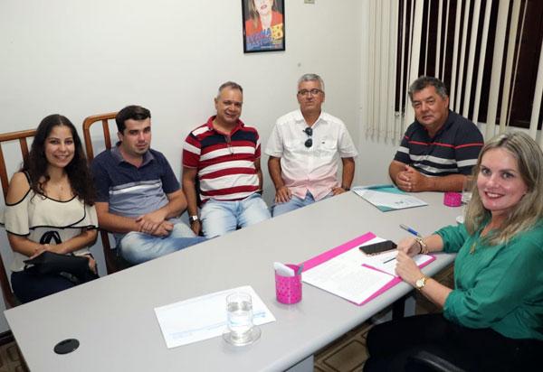 Ivana intermedeia parceria entre FIP e o município de Rio do Antônio