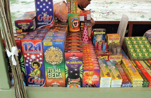 Resultado de imagem para venda de fogos de artifício