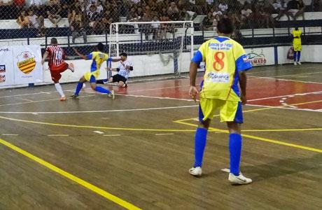 Vem aí o Campeonato Brumadense de Futsal 2013