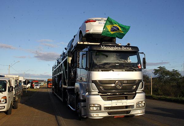 Sem resposta as solicitações, caminhoneiros mantém paralisação para 1° de fevereiro