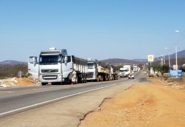 Caminhoneiros farão greve, mas dizem que não haverá fechamento de estradas