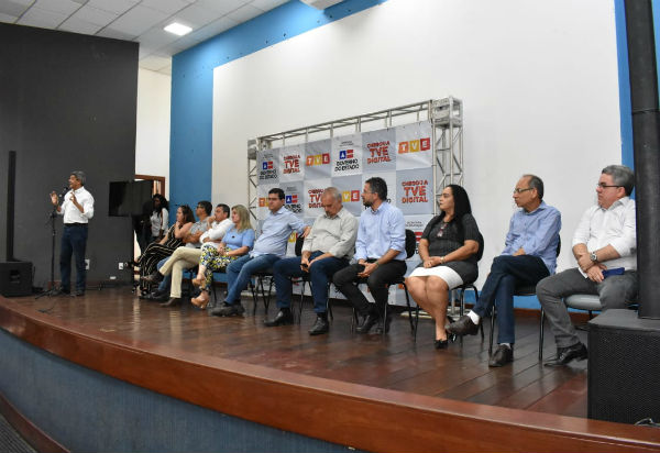 Governo do Estado inaugura sinal digital da TVE em Guanambi