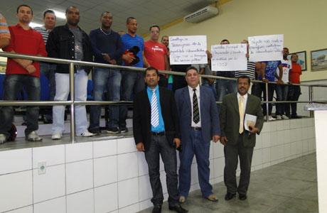 GUARDAS MUNICIPAIS PROTESTAM CONTRA PRIVATIZAÇÃO