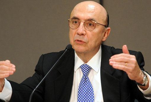 Ministro diz que pode aumentar impostos para cumprir a meta de déficit primário