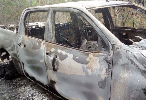 Carro do delegado Marcos Torres encontrado incendiado com um corpo no interior será periciado
