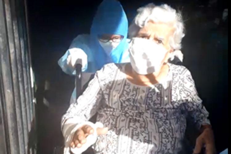 Brumado: Idosa de 91 anos recebe alta hospitalar após se curar da Covid-19