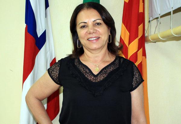 Vereadora Ilka Abreu indica a pavimentação de diversas ruas, travessas e avenidas em Brumado