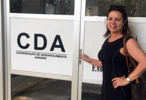 Vereadora Ilka Abreu visitou CDA para tratar dos títulos de posse de terra do município de Brumado