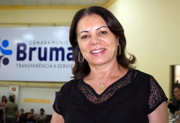 Brumado: vereadora Ilka Abreu indica importantes serviços de iluminação para zona rural e sede do município