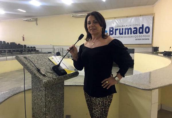 Brumado: vereadora Ilka Abreu justifica voto contra projeto do Executivo sobre nomeação de diretores escolares