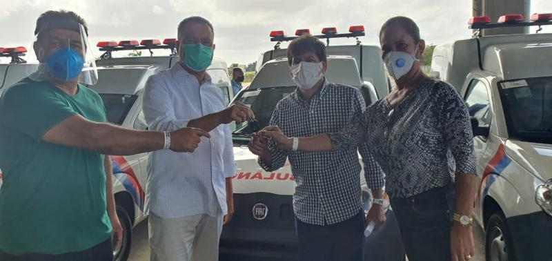 Deputado Marquinho Viana participa da entrega de ambulância para Aracatu