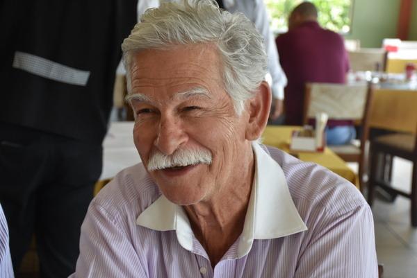 Otimista com o momento econômico de Brumado, prefeito Eduardo Vasconcelos confirma a vinda das Casas Bahia para o município