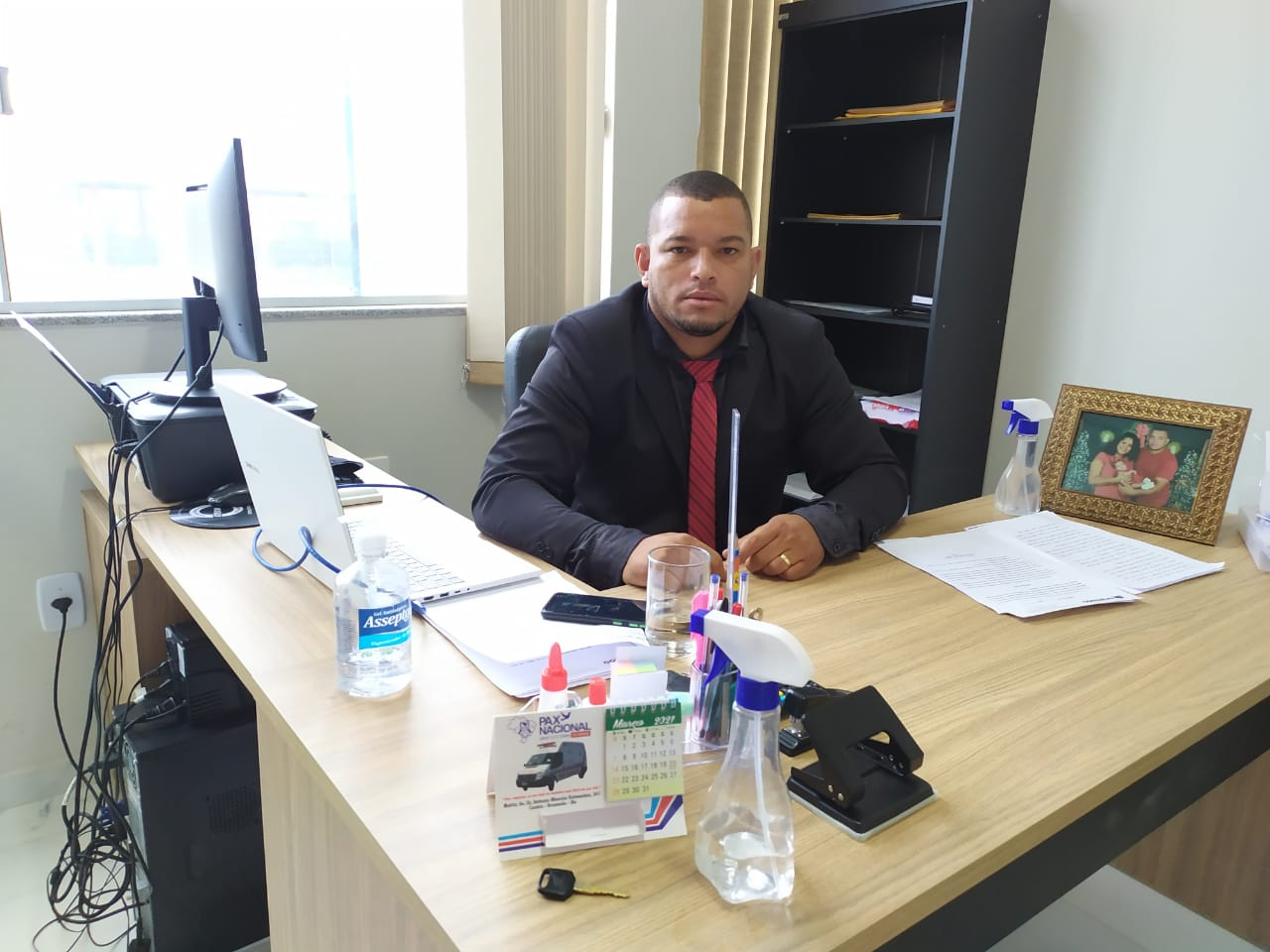 Brumado: Vereador Harley Lopes solicita o retorno do pagamento do auxílio universitário previsto no PAEES
