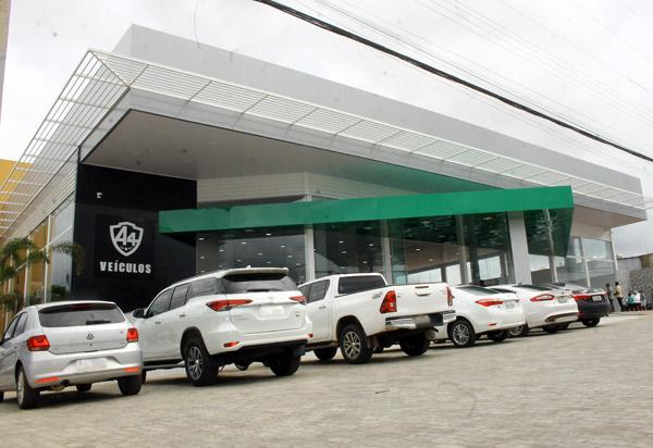 A4 veículos inaugura nova loja em Brumado