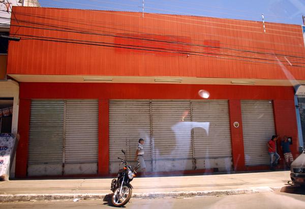 Brumado: Insinuante fecha as portas; loja atuava na cidade há mais de 20 anos