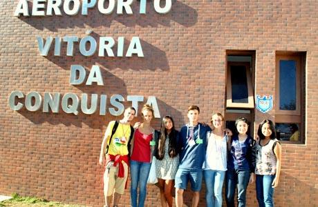 BRUMADO: SETE ESTUDANTES ESTRANGEIROS FAZEM INTERCÂMBIO ATRAVÉS DO COMITÊ AFS
