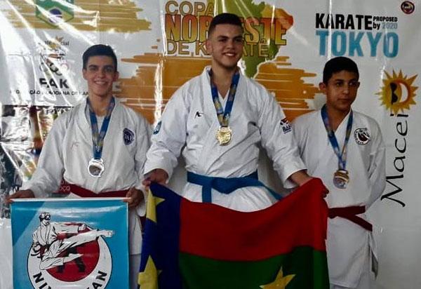 Conquista: Atleta Teiú é Bicampeão do Nordeste de Karatê