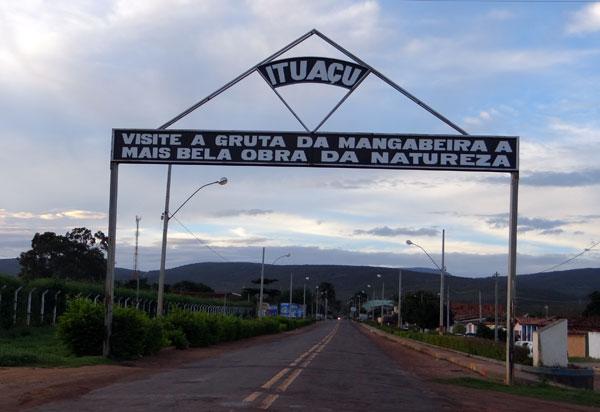 Ex-prefeito de Ituaçu é denunciado ao MPE