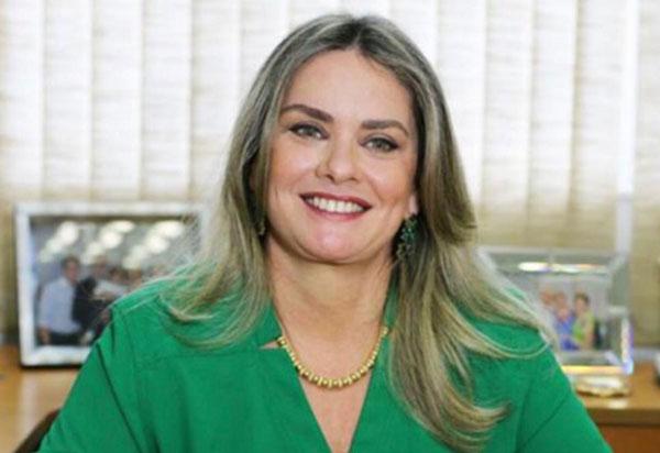 Adutora do Algodão: luta de Ivana Bastos levará água para Ibitira e Lagoa Real