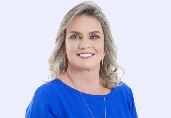 Luta de Ivana resulta na publicação da cessão de uso de colégios em Guanambi
