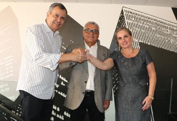 Ivana Bastos participa de filiação de Valtécio Aguiar ao PDT