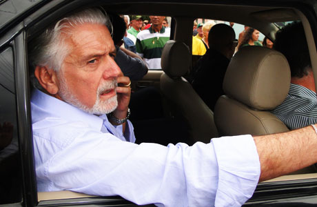 CONQUISTA: WAGNER PREVÊ AEROPORTO AINDA EM OUTUBRO