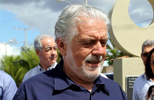 39% dos baianos considera governo de Jaques Wagner na Bahia regular