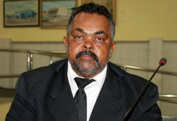Prefeitura de Brumado decreta luto oficial de 07 dias pelo falecimento de Zé Carlos de Jonas