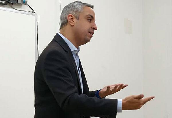 Juiz Coordenador do CEJUSC - Brumado e Constelador Familiar, Dr. Rodrigo Souza Britto, palestrou sobre Direito Sistêmico: um novo olhar sobre a justiça na UNEB Campus XX