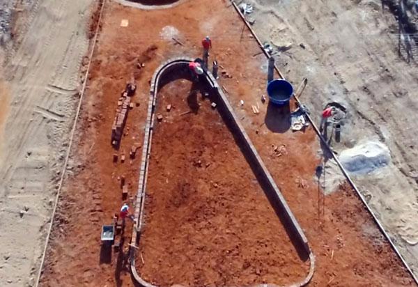 Brumado: estão em andamento as obras de pavimentação da Lagoa Funda