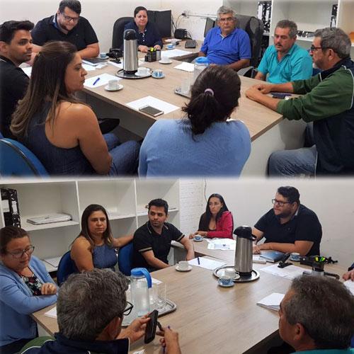 Aracatu: prefeita Lêda Matias reúne secretários municipais para saber as necessidades de cada pasta e discutir ações