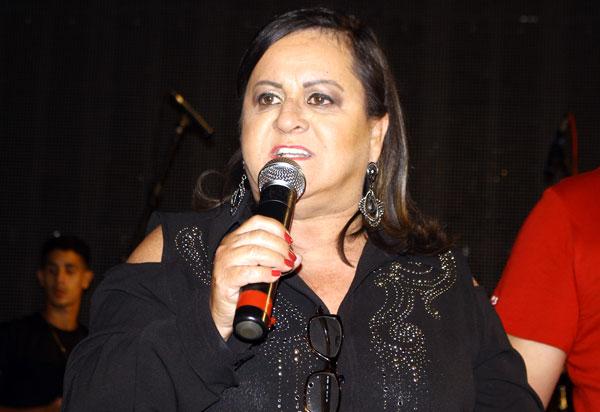 Aracatu: Arraiá do Gererê alcançou grande público e foi encerrado com show de Tayrone