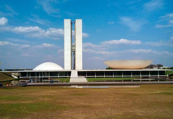 Bolsonaro sanciona alterações na Lei de Improbidade Administrativa