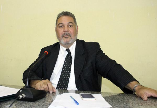 Brumado: presidente do Legislativo esclarece que, durante afastamento, vereador Dudu Vasconcelos não recebeu salário