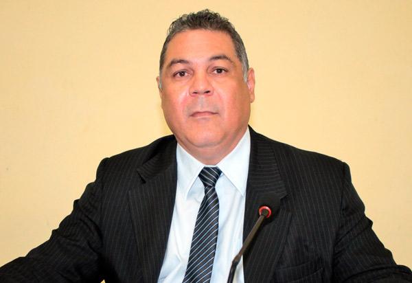 Empresário da UniFG garante ao presidente da Câmara de Vereadores, Léo Vasconcelos, que curso de medicina será instalado em Brumado