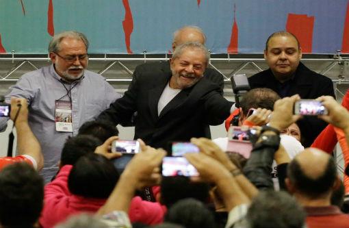 Acusados de tentar obstruir a Justiça,  Lula, Delcídio e outros 5 viram réus