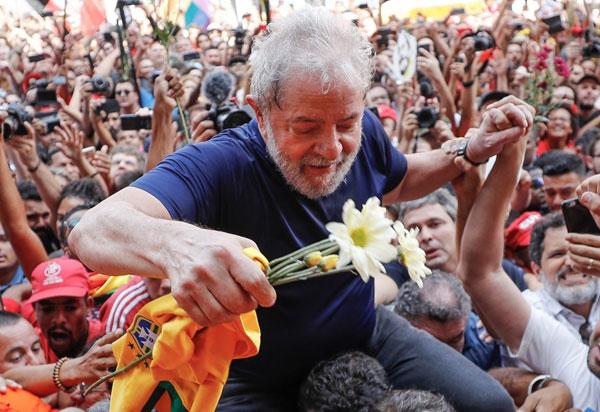 Comitê da ONU solicita que não se impeça candidatura de Lula até todos recursos de sua condenação