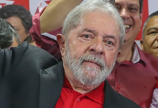 Com base em decisão do STF, Lula pede à Justiça para ser solto