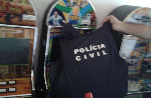 Ibicoara: Polícia Civil apreende 12 máquinas caça níqueis; ponto de jogo do bicho é fechado