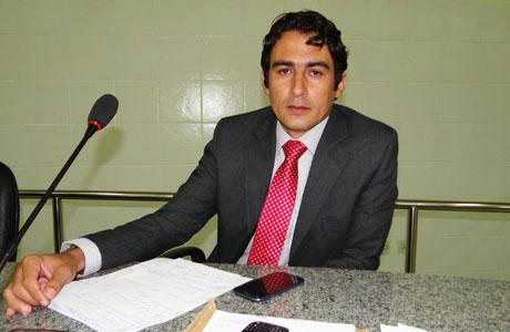MÁRCIO MOREIRA: 'WAGNER ESTÁ DEVENDO A BRUMADO'