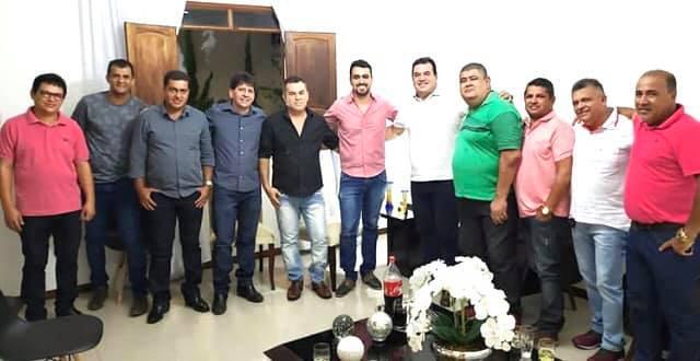 Deputado Marquinho Viana participa da festa dos Santos Reis em Aracatu
