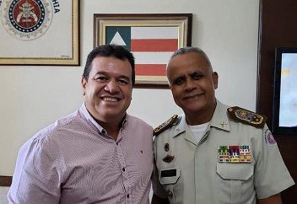 Deputado Marquinho Viana e o Comandante da PM garantem mais policiamento em Barra da Estiva e Ibicoara