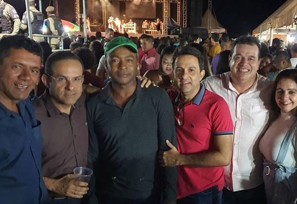 Deputado Marquinho Viana prestigia festa do Senhor do Bonfim, em Érico Cardoso