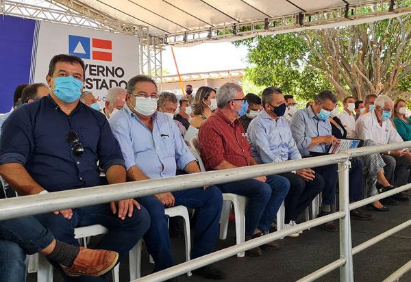 Deputado Marquinho Viana acompanha o Governador Rui Costa na inauguração de obras em Guanambi