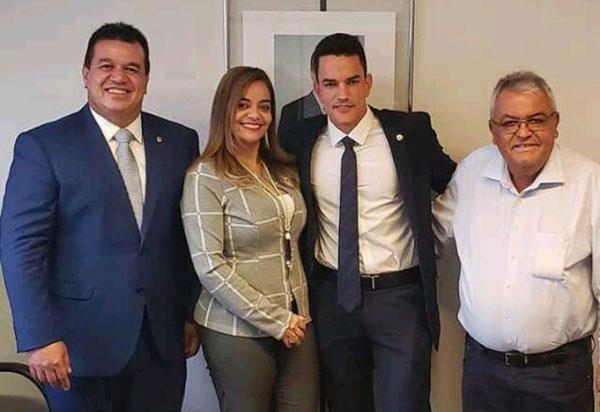 Deputado Marquinho Viana leva demandas de Monte Santo à Secretária de Relações Institucionais